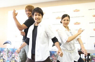 制作発表の様子(左からニライ、カナイ、ナミ)