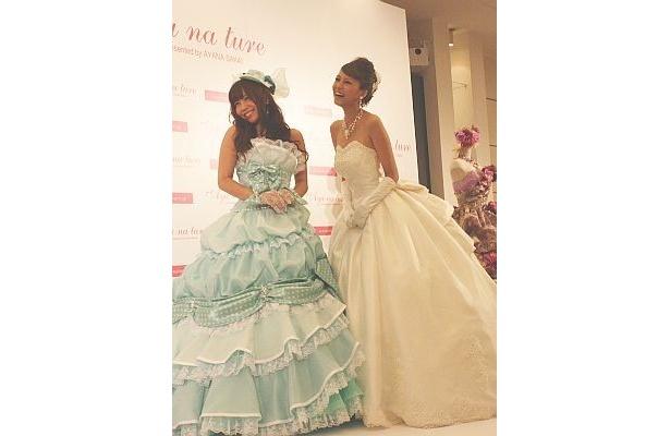 ドレスのデザイナーとして6年目を迎える酒井彩名さん