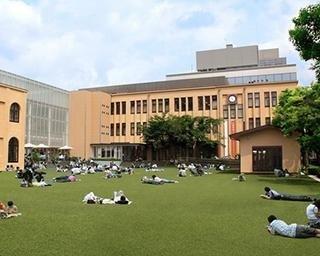 京都国際マンガミュージアムの見どころを紹介!約5万冊ものマンガが1日中読み放題