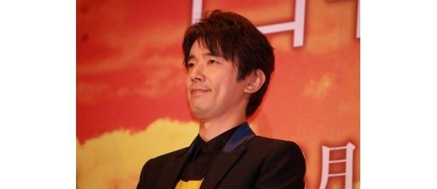 女学校の教師・野口孝吉役のユースケ・サンタマリア