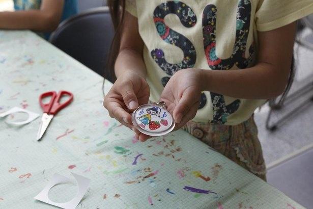 子どもたちや親子連れを対象にした「体験工房」でクラフト体験
