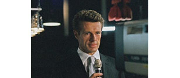 「Live from Death Row」ある死刑囚が、TV番組への出演と引き替えに死刑から逃れるチャンスを与えられる。「〜for Boys」に収録
