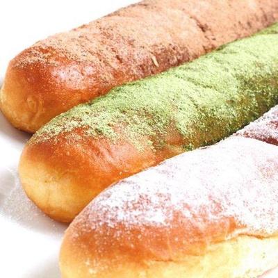 ネイチャーカフェ・アースの「円山名物 揚げパン」(税込各300円)