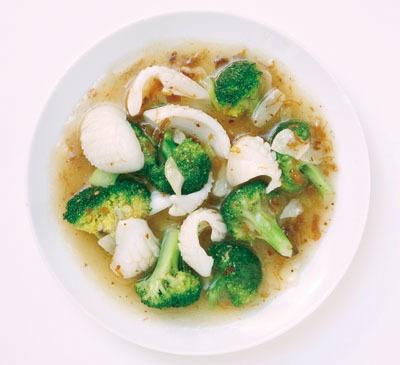上海では魚介を食べるのが一般的