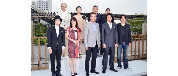 渡辺謙主催の打ち上げパーティーに豪華キャストが集結!