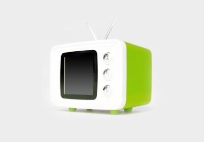 レトロなテレビ型のSNAP TV JR.(グリーン)