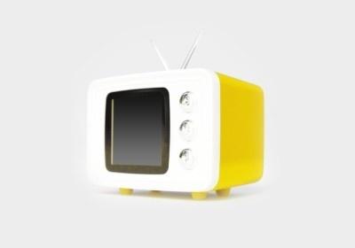 レトロなテレビ型のSNAP TV JR.(イエロー)