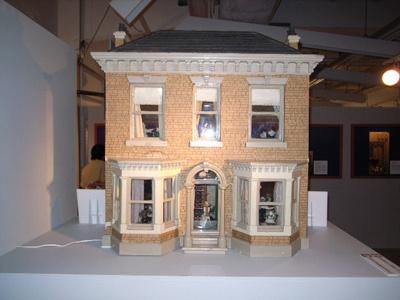 今から100年以上前の作品「ヴィクトリアン・タウン・ハウス」