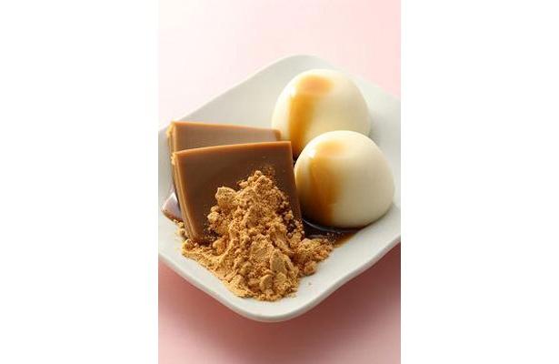 五湯道の「韓国くず餅の黒蜜がけ雪見だいふく添え」¥500