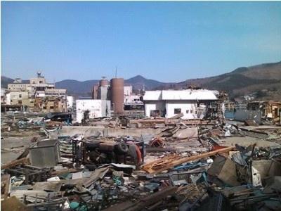震災直後のマルキチ阿部商店