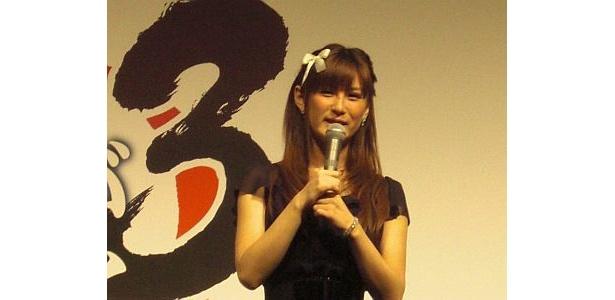 椿姫彩菜をモデルにしたキャラもゲーム中に登場