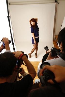 モデル撮影実習スタート!「撮りたい気持ちを大切に!」
