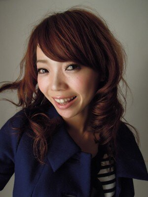 記者撮影。渾身の「カワイイ」1枚!モデルは京乃ともみさん
