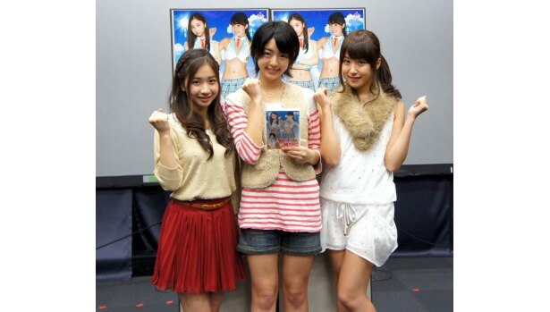 イベントに登場した綾乃美花、秋月三佳、衛藤美彩(写真左から)