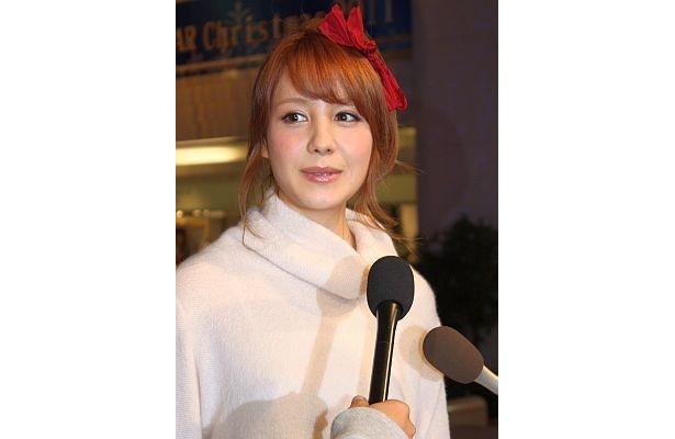 「恋人とクリスマスにデートしてみたい」とクリスマスツリー点灯式で語ったトリンドル玲奈さん