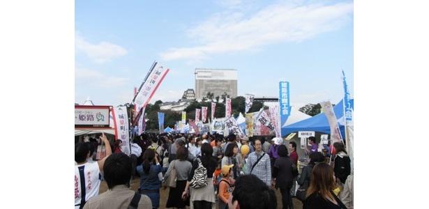 11/12・13に姫路城のお膝元で「第6回 B級ご当地グルメの祭典! B-1グランプリin姫路」が開催!