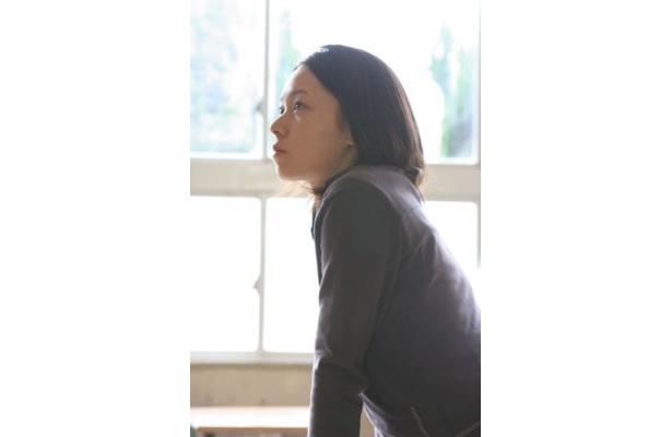 撮影当時、まだ高校1年生だった寿美菜子。人気声優となった彼女が女優の顔を披露