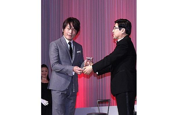 作家の石田衣良さん(学術・文化部門)も受賞