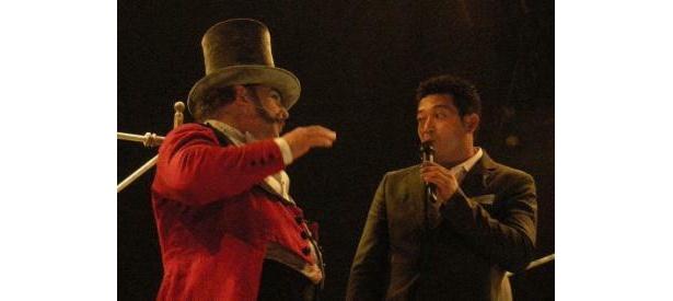 口笛が得意なロイヤル・ウィスラーと山口さんで口笛セッションも