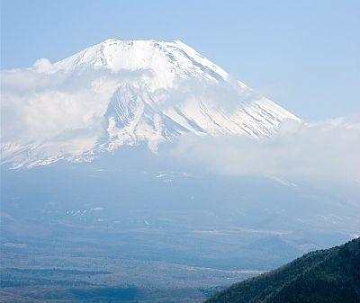 【写真】神奈川県・箱根町の「金時山」からは富士山が望める
