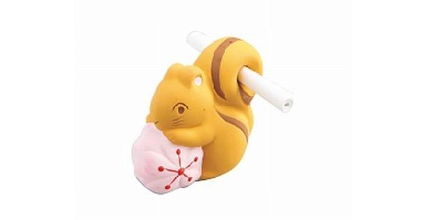 可愛さ満点のおみくじも出ている。写真は「平野神社の「りすのおつげ」(500円)