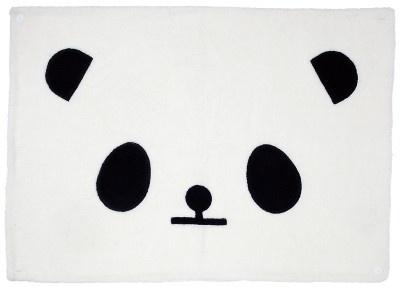 「ローリーズファームプラス」の「パンダひざ掛け」(1344円)