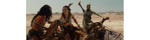 ウィレム・デフォーが演じる、緑色のサーク族皇帝タルス・タルカス