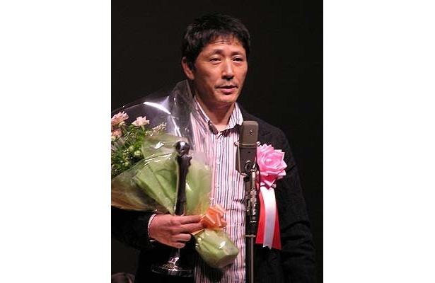 『歓喜の歌』『休暇』の2本で主演男優賞受賞の小林薫