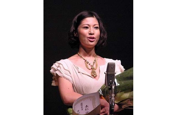 遅咲きの女優・月船さららは『世界で一番美しい夜』で最優秀新人賞