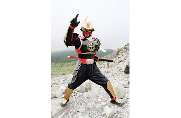 鹿児島のご当地ヒーロー「薩摩剣士隼人」。現在、KTS鹿児島放送で放送中