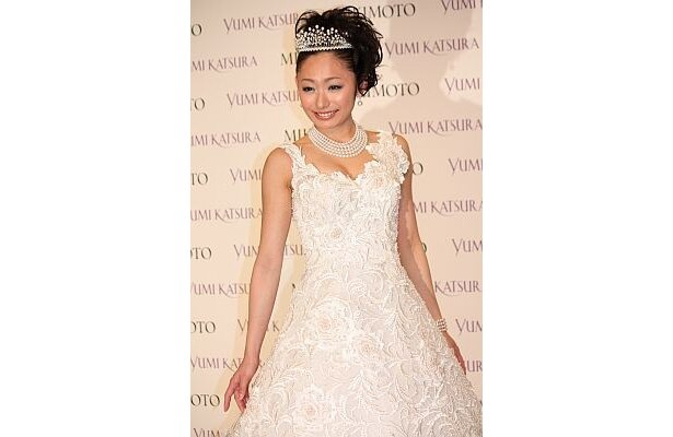 「現役を引退して、その時がくれば、桂由美先生がデザインしたドレスを着て結婚式をしたいな」