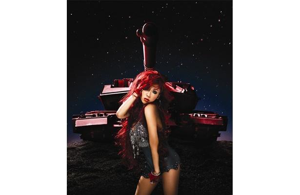 3rdアルバム「RED」(CD+DVD)のジャケット
