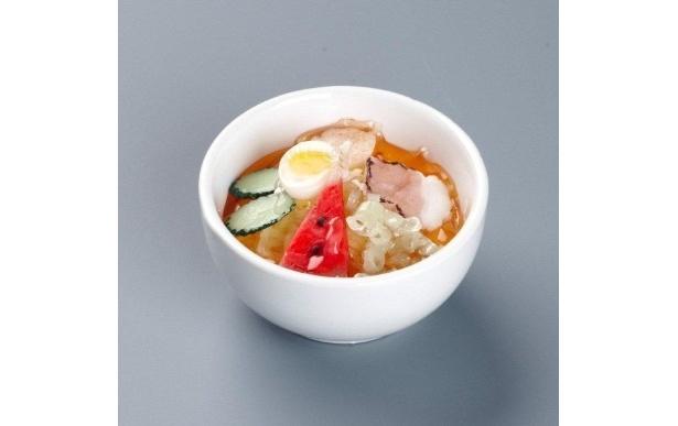 地域グルメ「盛岡冷麺キャンドル」(714円)