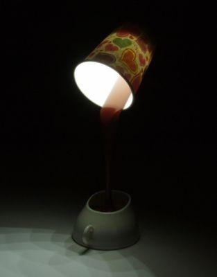 ライトスタンドとしての実用性もある形で優しく照らしてくれる