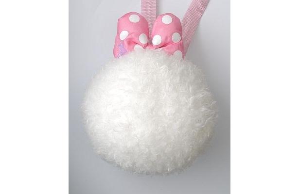 ウサギのしっぽで、あなたもキュートなウサギに変身してみる!?(1500円)
