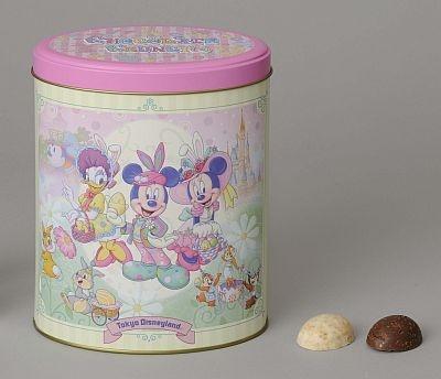 人気のお菓子・チョコレートクランチも、イースターのデザインになって登場(36個入り・1400円)