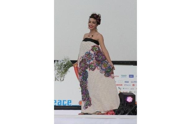 沖縄のブランド「YOKANG」の衣装