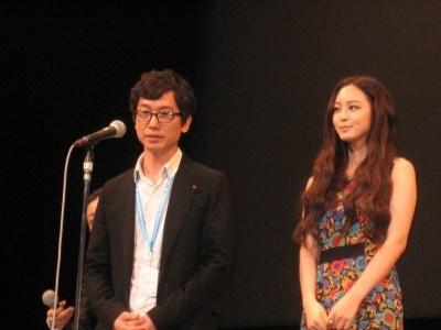 『ちりも積もればロマンス』は5月12日(土)より新宿武蔵野館にて公開