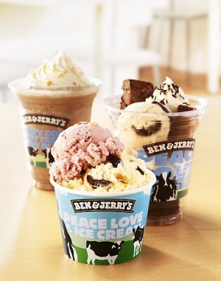 BEN&JERRY'S 表参道ヒルズ店オープンを記念し、アイスクリームの無料配布が実施!