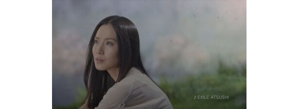 「いち髪」新CMに出演する中谷美紀