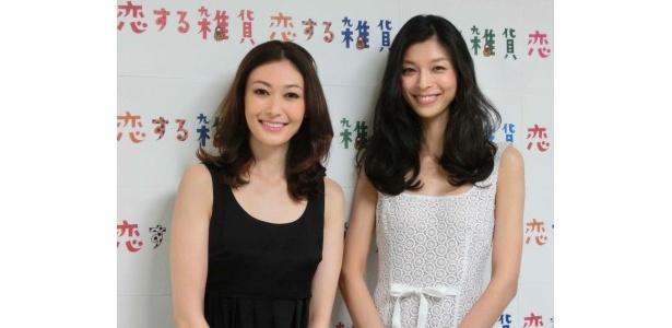 「恋する雑貨」で雑貨を求め世界を旅する田丸麻紀、生方ななえ(左から)