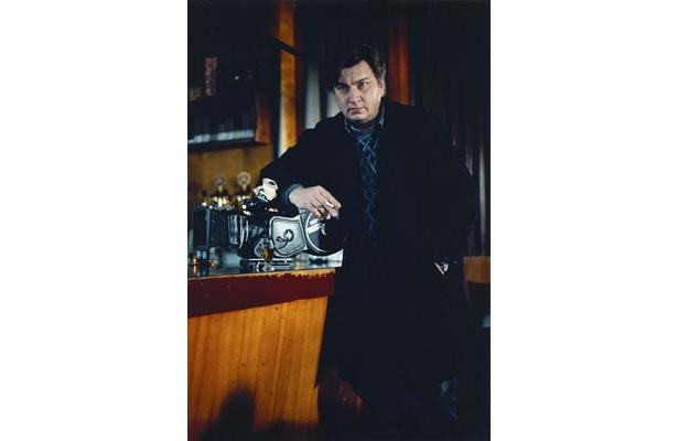 【写真】2012年1月に開催されたロッテルダム国際映画祭で、ほろ酔い状態で登壇したカウリスマキ監督