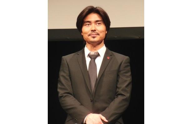 尾崎誠警部補を演じている小澤は「一つの物語として、面白い話として見れたのでいいスタートを切れた」と第一話を見た感想を