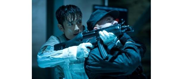 冷酷な暗殺者ストーム・シャドーを演じるイ・ビョンホン