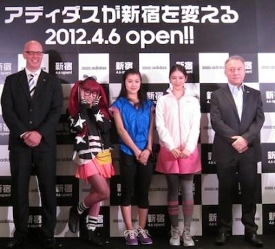 4月6日(金)、国内最大の品揃えとなるアディダス直営店「アディダス ブランドコアストア 新宿」がオープン