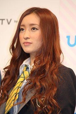 「大好きな渋谷で一人でちょっとした握手会をしたい」と梅田さん