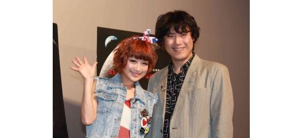 公開記念試写会イベントに登場した鈴木奈々と長沼毅氏(写真左から)