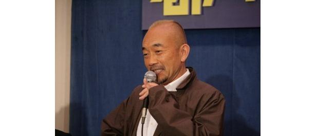 竹中は「武術の達人ですがアクションのシーンがないんですよ」とコメントし、会場の笑いを誘った