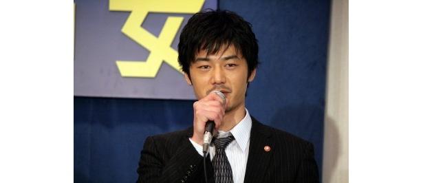 刑事・柴山俊也役の平山は「竹中さんのアドリブに一切笑わないように努力しています」とコメント