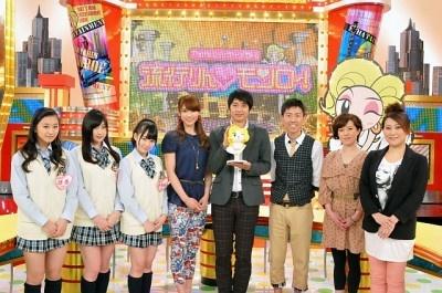 新番組「流行りん モンロー」の出演者たち。NMB48(左3人)